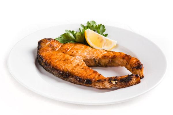 съемга лосося на мангале